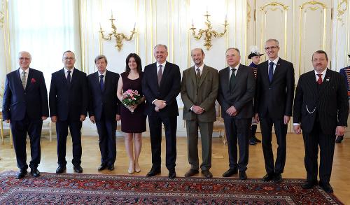 Slovenskí europoslanci s prezidentom