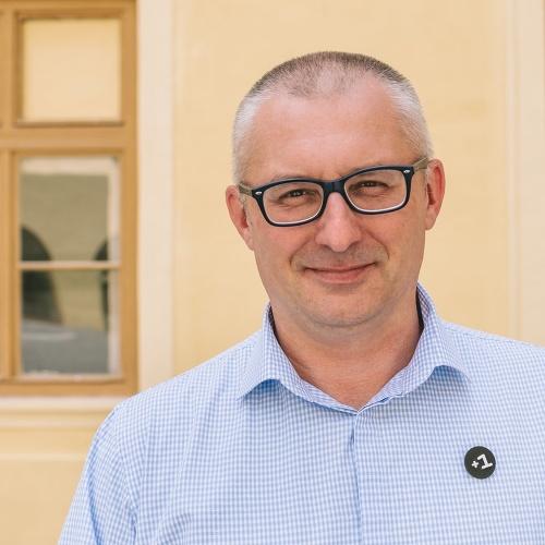 Ďalším členom Kiskovej strany
