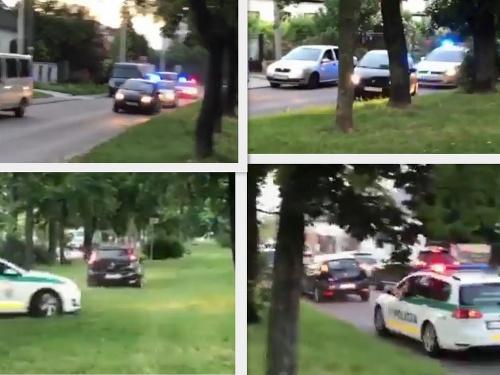 Policajti naháňali opitého šoféra.