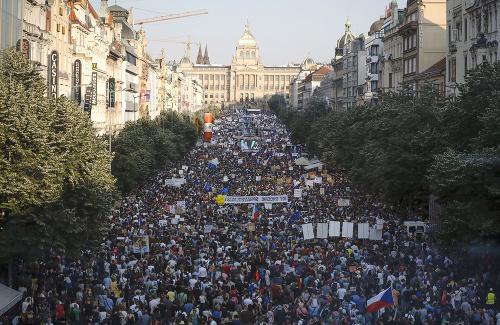 Protesty na Letnej na