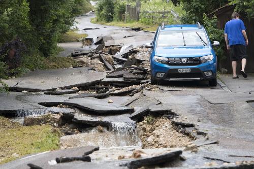 Prudké búrky vyvolali povodne