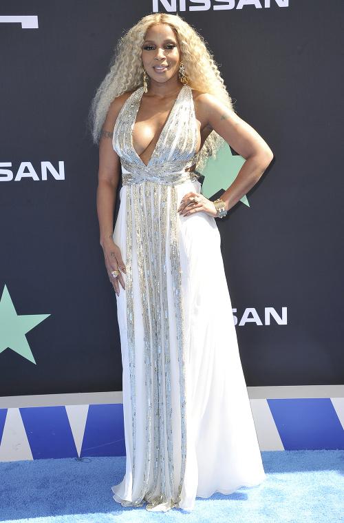 Mary J. Blige vystavila