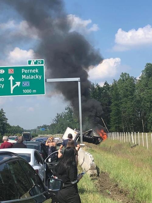 Dopravná nehoda na D2