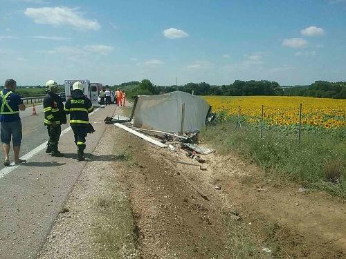 Dopravná nehoda kamióna na