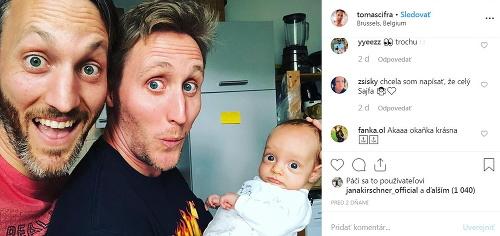 Sajfa s bábätkom v