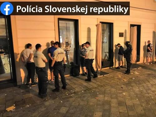 Polícia zadržala takmer 80