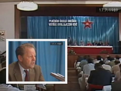 Miloš Jakeš počas prejavu