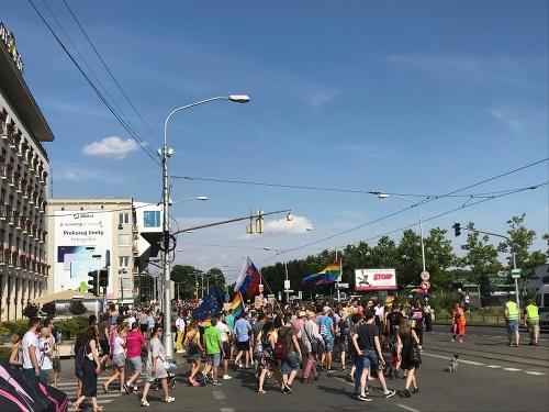 Dúhového Prideu sa zúčastnili