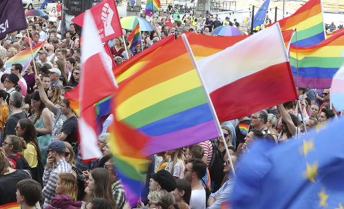 Varšava proti násiliu: FOTO