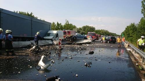 Vážna nehoda na diaľnici