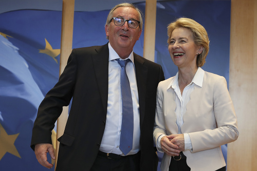 Dosluhujúci predseda EK Jean-Claude