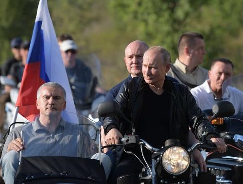 Putin čestným hosťom na
