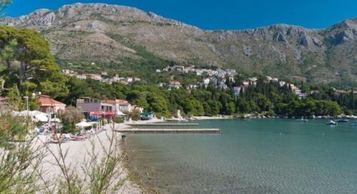 Hovnátsko! Chorvátske pobrežie zamorili