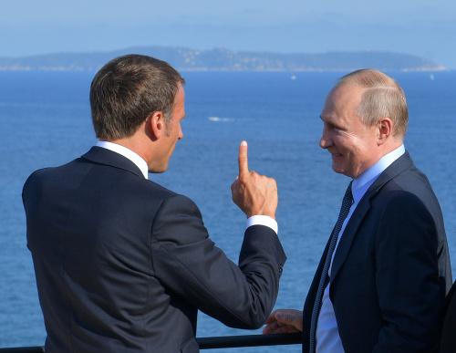 Emmanuel Macron a Vladimir