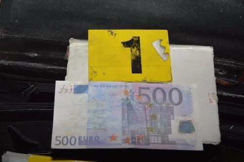 Zaistili podozrivé eurobankovky vysokej