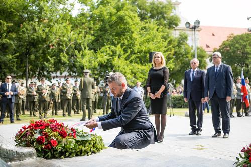 VIDEO Premiér Pellegrini počas