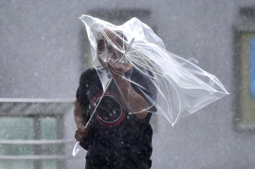 Silný tajfún Faxai zasiahol