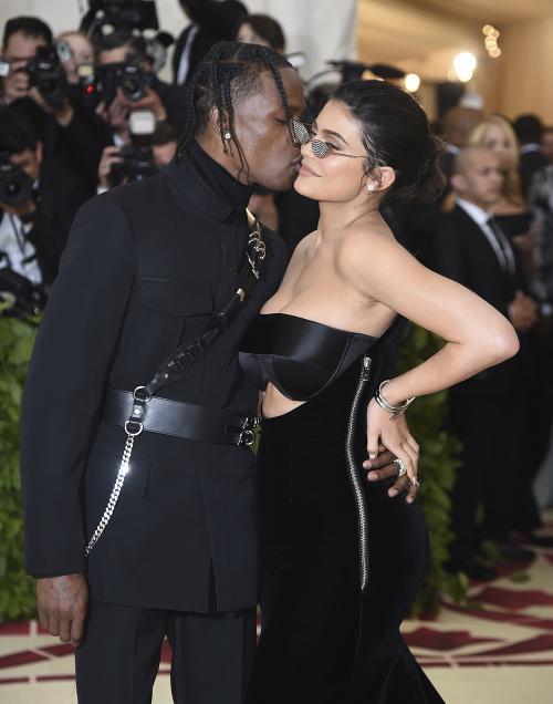 Kylie Jenner a Travis
