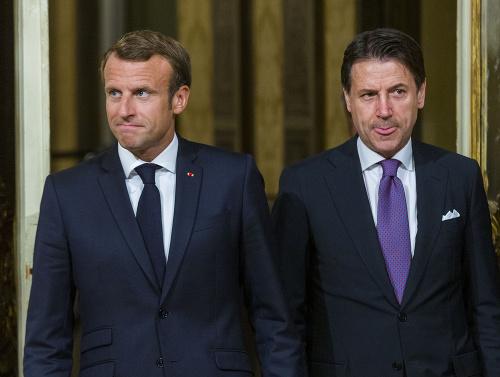 Emmanuel Macron a Giuseppe