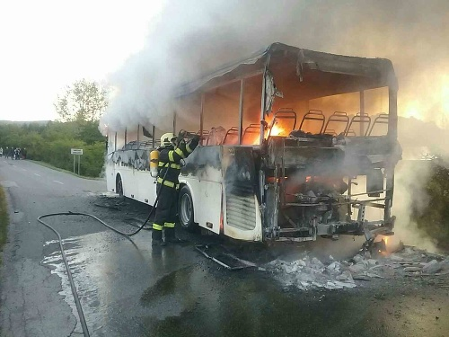 Hasiči zasahovali pri požiari