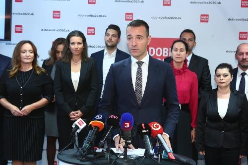 Drucker predstavil stranu, získal