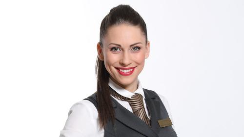 Dominika Žiaranová stvárňuje čašníčku