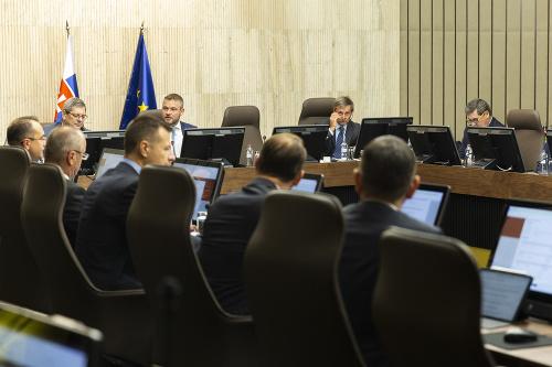 174. schôdza vlády