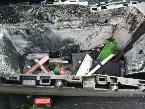 FOTO Vodičke vybuchlo auto: