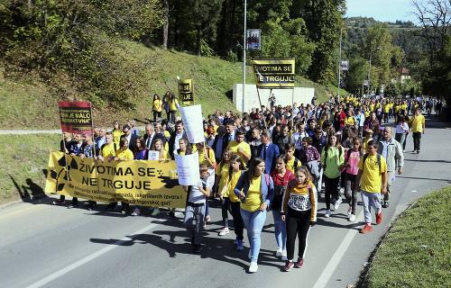 Bosniaci protestovali proti plánovanej