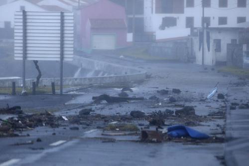 FOTO Hurikán Lorenzo zasiahol