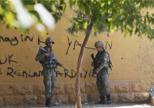 Protureckí povstalci obsadzujú dediny