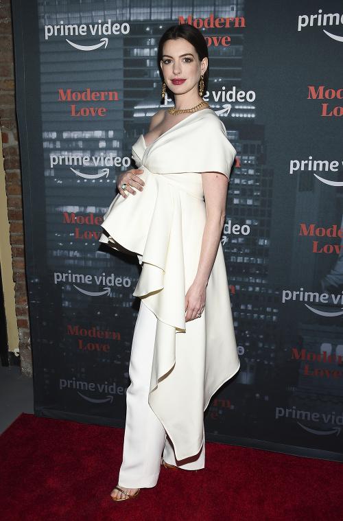 Anne Hathaway vyzerala na
