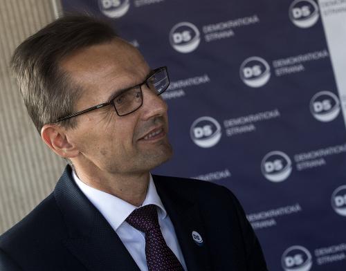 Poslanec NRSR Ľubomír Galko