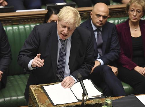 SUPERSOBOTA v Británii, Johnson