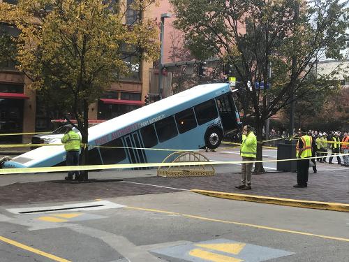 Cestujúci v Pittsburghu prežili