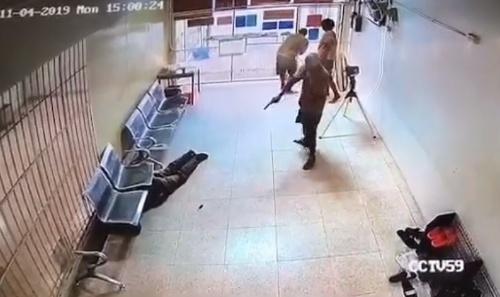 Traja väzni ušli v