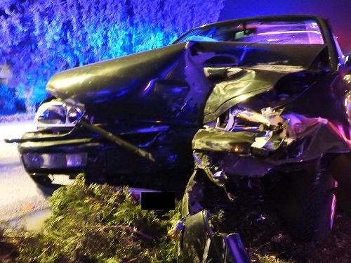 Opitý vodič nabúral zaparkované