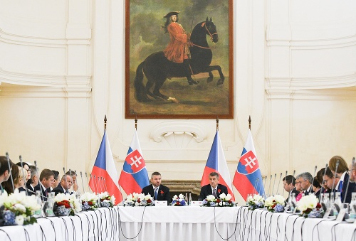Slovensko aj Česko trápia