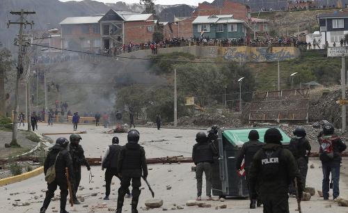 Nepokoje v Bolívii
