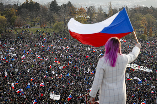 Obrovská demonštrácia v Česku,