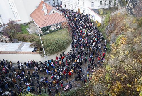 FOTO Tisíce Čechov v