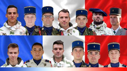 K havárii francúzskych vrtuľníkov