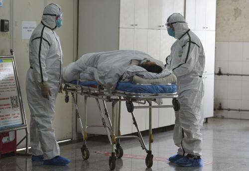 Počet obetí smrtiaceho vírusu