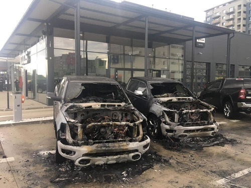 Ranný požiar áut v