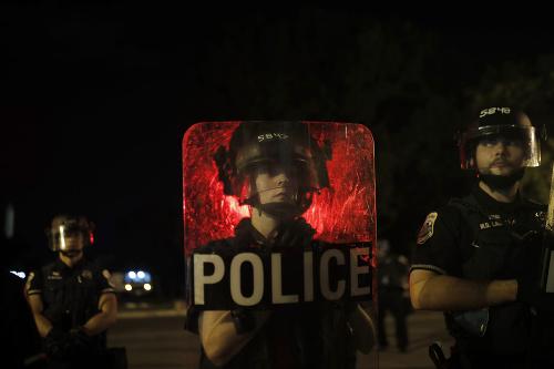 Protesty vo Wahingtone neutíchajú: