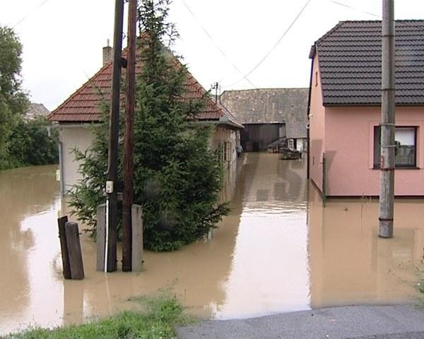 Povodne spôsobili silné búrky