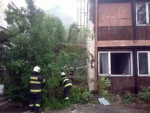 Bratislavskí hasiči zasahujú pri