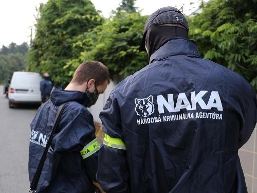 NAKA zadržala dvoch mužov: