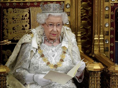 Kráľovná Alžbeta II.: Svoj