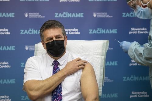 KORONAVÍRUS Schválenie vakcíny od